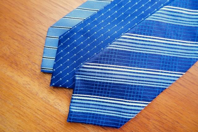 就活で重要なネクタイ、面接で合格に導く為のネクタイの選び方を考えます