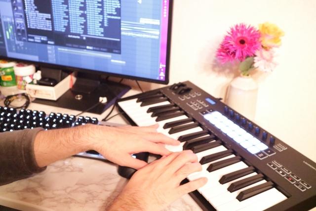 無料で始めるDTM(デスクトップミュージック)ビジネス、DAWとボーカル・音源