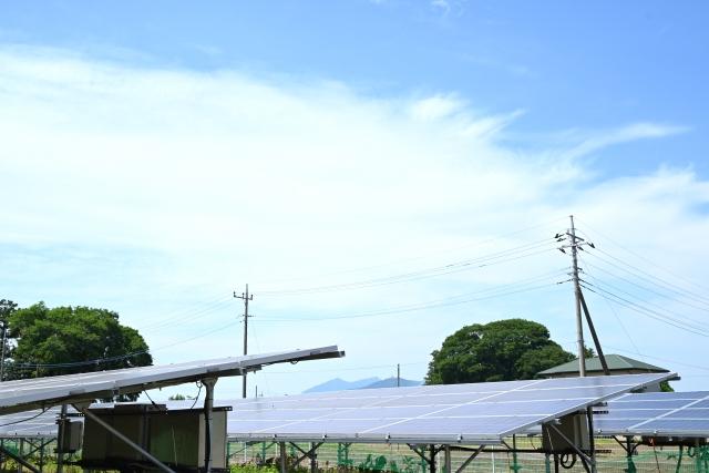 太陽光発電投資は稼げる、儲かる、メリット・デメリットなど注意点など